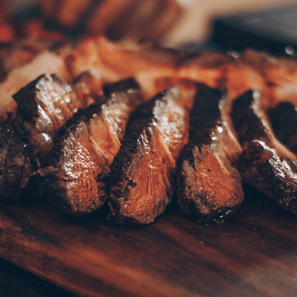 Serie Carne Asada, disponible en Sybel